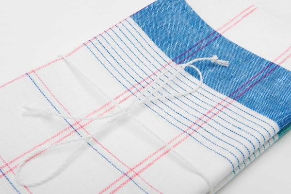 "Set of two white linen kitchen towels ""Salvador"" 3"