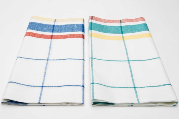 """Set of two white checked linen kitchen towels """"Barcelona"""" 2"""