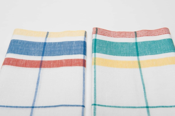 """Set of two white checked linen kitchen towels """"Barcelona"""" 3"""