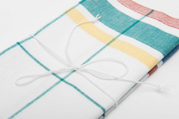 """Set of two white checked linen kitchen towels """"Barcelona"""" 4"""