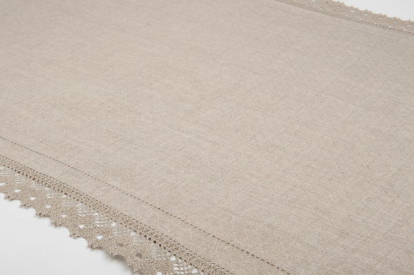 Grey patterned linen runner with lace 1
