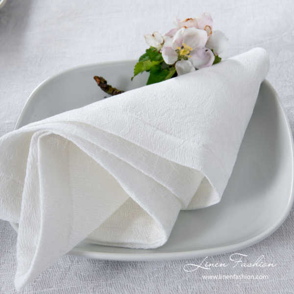 White jacquard linen napkin with flowers