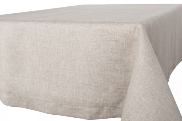 AIRA light grey tablecloth 1