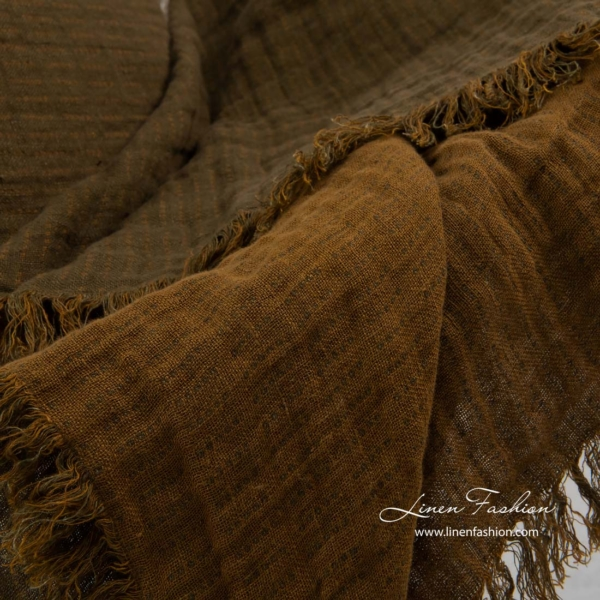 Brown patterned double sided linen blanket with fringes 4