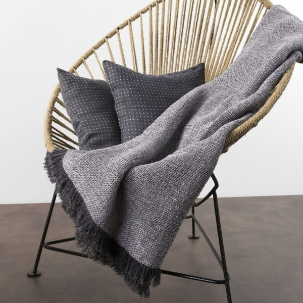 Linen blanket with black-white pattern 2