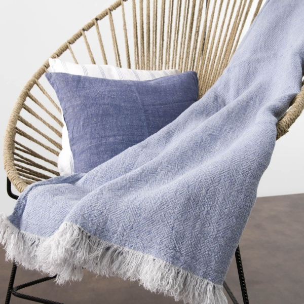 Light blue patterned linen blanket 3
