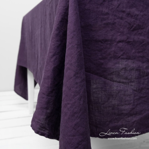 GAMMA purple tablecloth 4