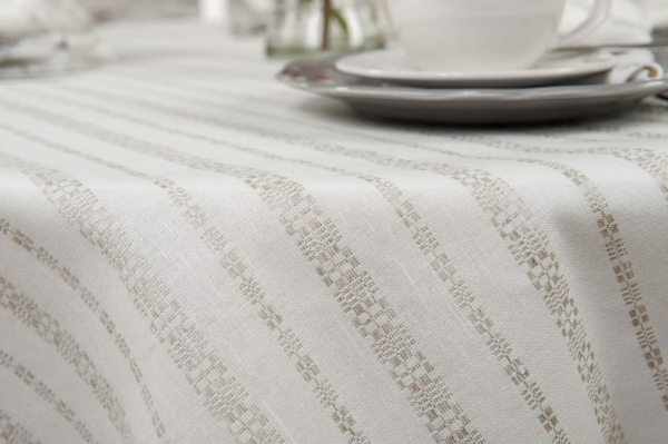 ORNA round (oval) white tablecloth 2