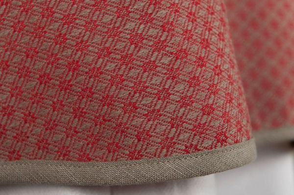 TONY round (oval) red tablecloth 3