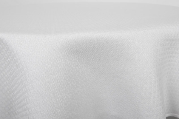 TONY round (oval) white tablecloth 3