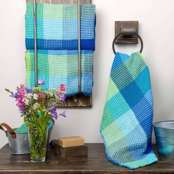 """Blue checked linen """"waffle"""" towel 1"""