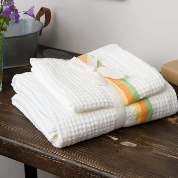 White linen towel with colourful stripes 3