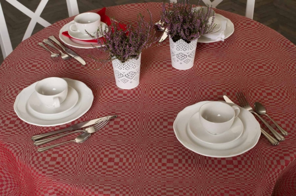 COSMOS round (oval) red tablecloth 2