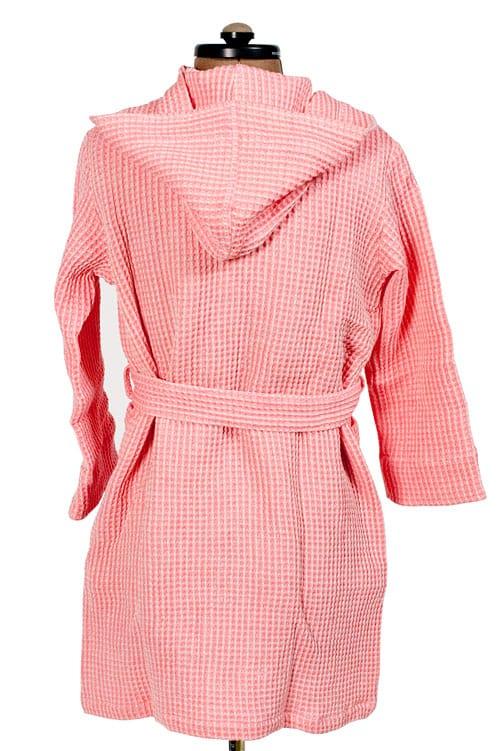 Pink linen kids' bathrobe with a hood 2