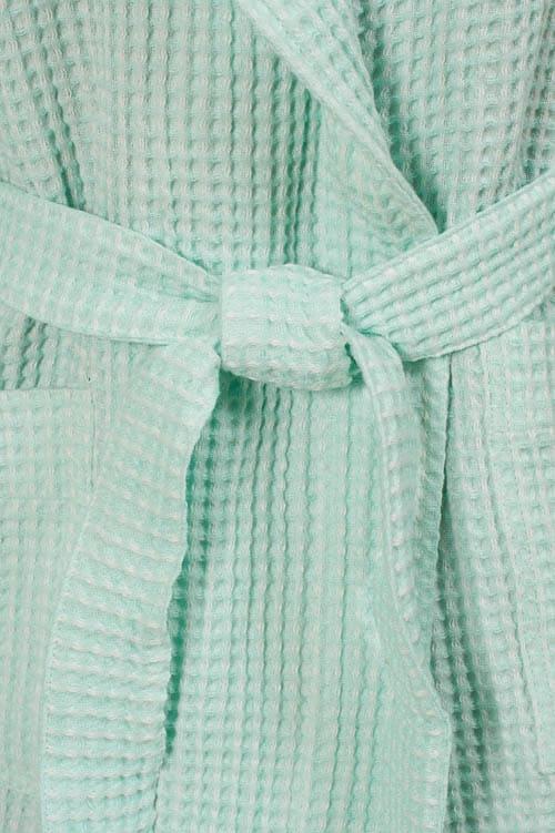 Green linen kids' bathrobe with a hood 3
