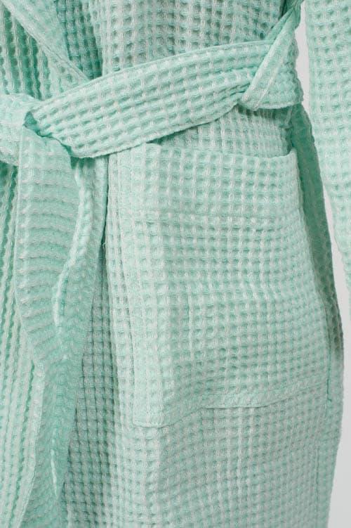 Green linen kids' bathrobe with a hood 4