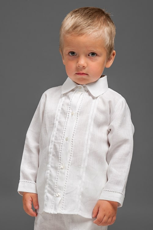White linen boy shirt with decorative pleats and lace 1