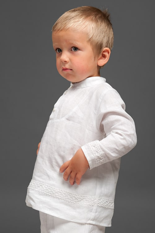 White linen boy shirt with lace 2