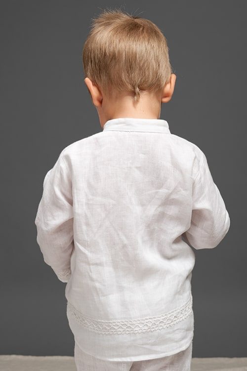 White linen boy shirt with lace 3