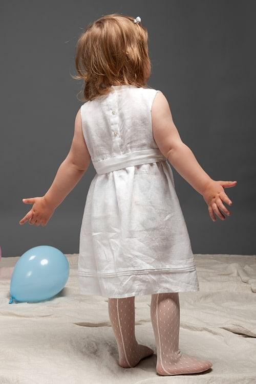 White sleeveless linen girls' dress 3