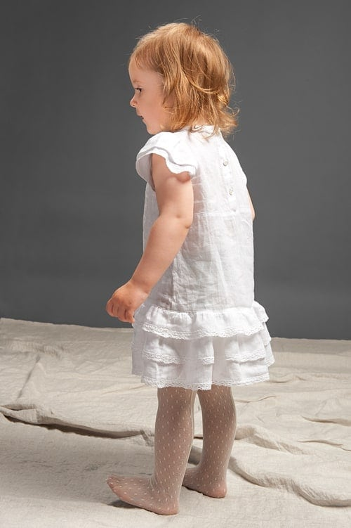 White linen girls' dress with ruffles and lace 3