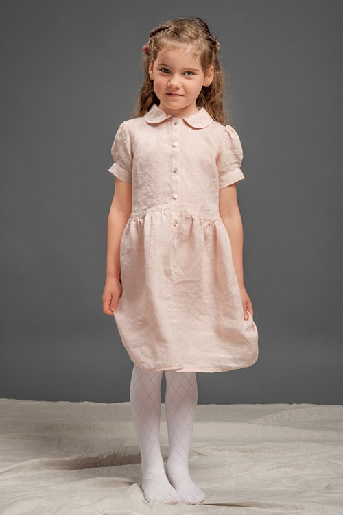 Pink linen girls' dress with puffy sleeves 1