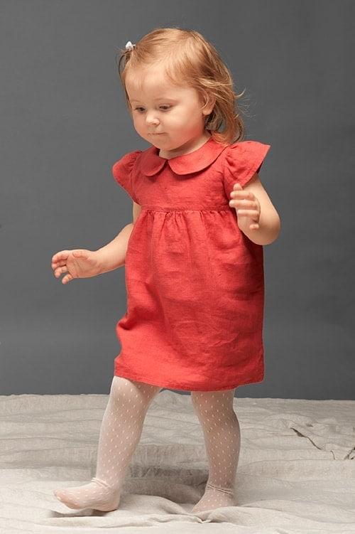 Red linen girls' dress 2