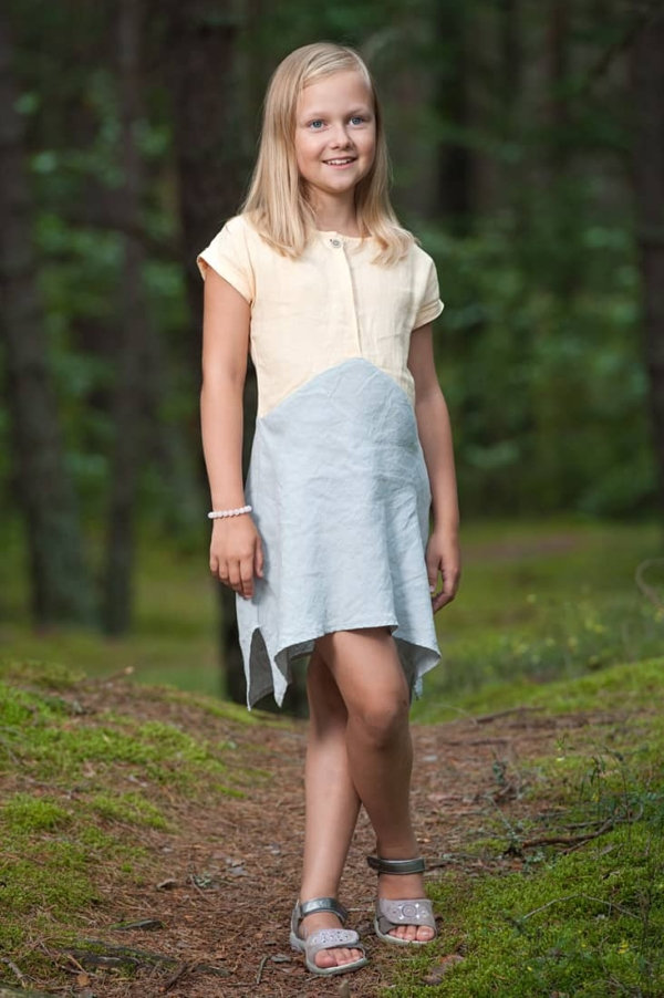 "Linen yellowish grey dress for girl ""Tit"" 2"