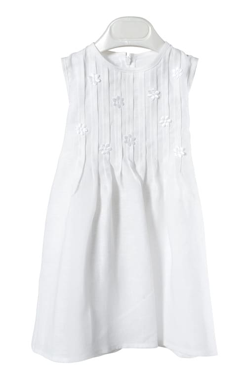 White linen girl's dress with pleats and flowers 1