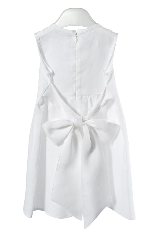 White linen girl's dress with pleats and flowers 3