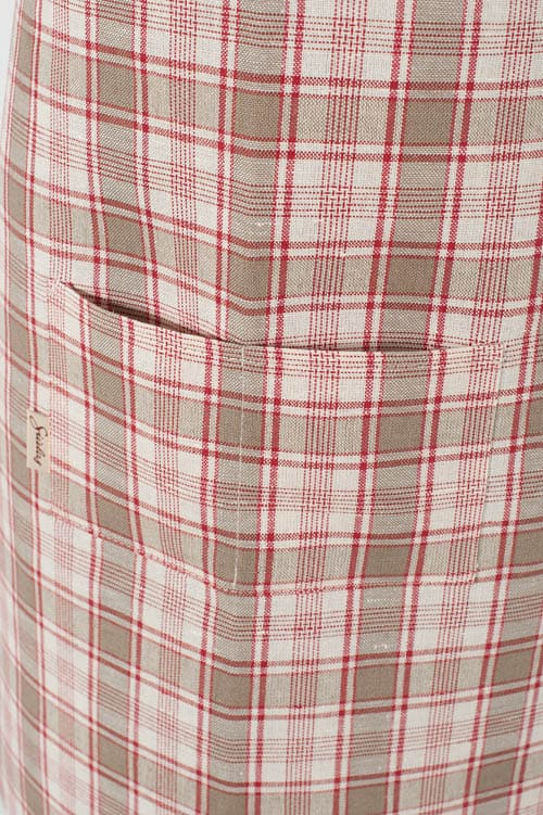 Checked linen apron for kids 2