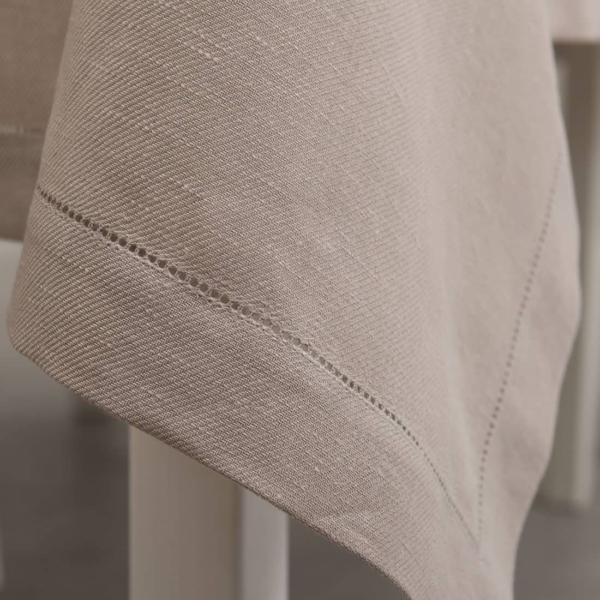 Dusty rose linen tablecloth with hemstitch 3