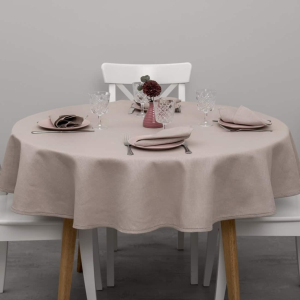 KOMA round (oval) dusty rose tablecloth 1