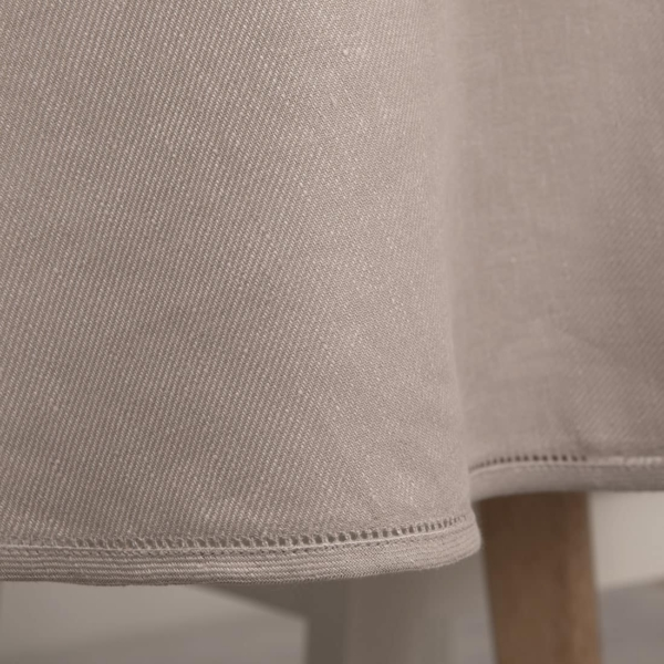 KOMA round (oval) dusty rose tablecloth 2