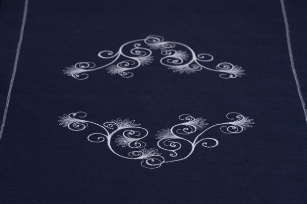 Dark blue embroidered, hemstitched linen table runner 3