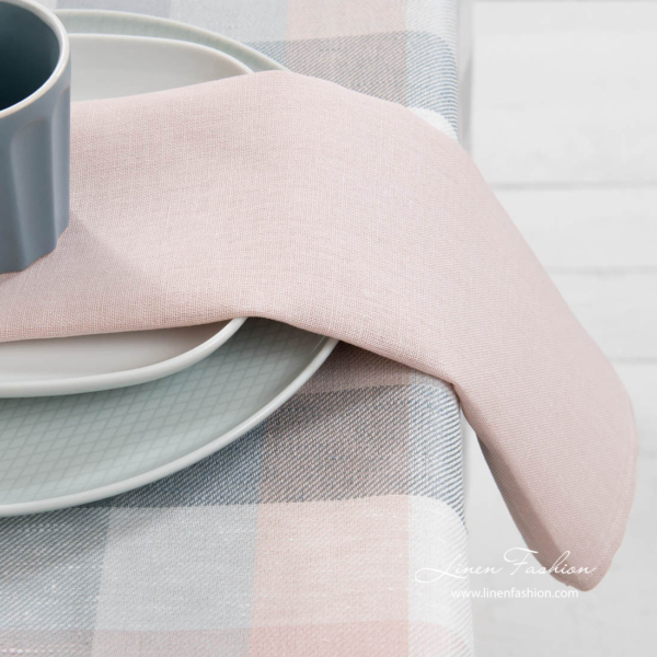 Half-linen table napkin in rose pink colour