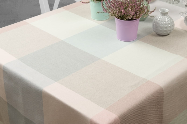 KARO light grey tablecloth 2