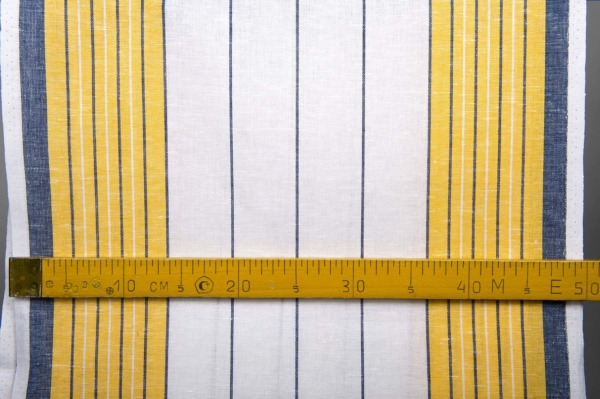 White toweling linen / cotton fabric with stripes 4