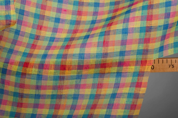 Transparent linen fabric in bright checks 2