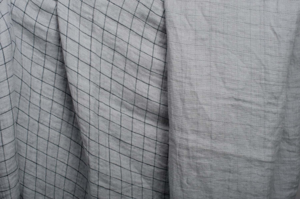 Grey checked double- layer linen fabric, washed 1