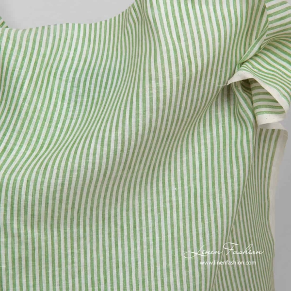 Linen fabric in white and green stripes 2