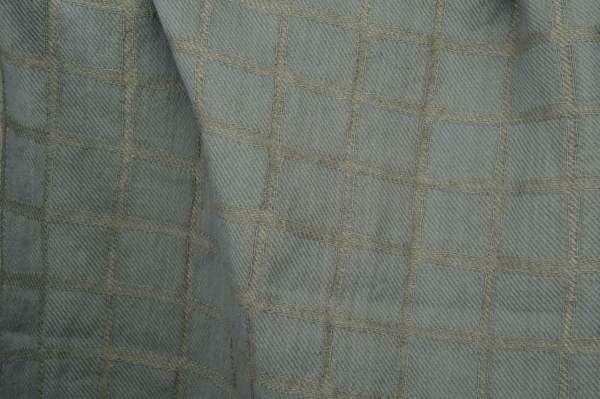Bluish grey checked linen / cotton fabric, washed 1