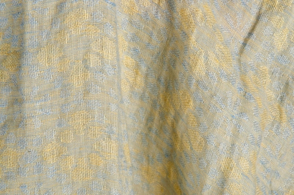 Washed linen fabric in a flower pattern 1