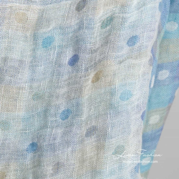 Washed linen double layer fabric with bluish checks and bubbles 3