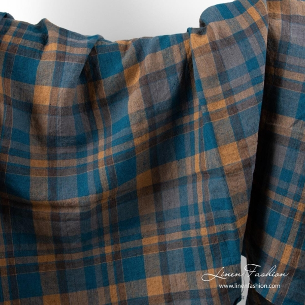 Washed linen fabric with brown and blue checks 1