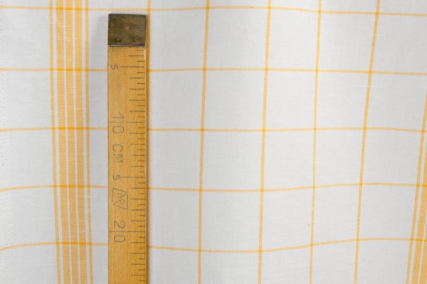 White and yellow checked linen / cotton fabric 3