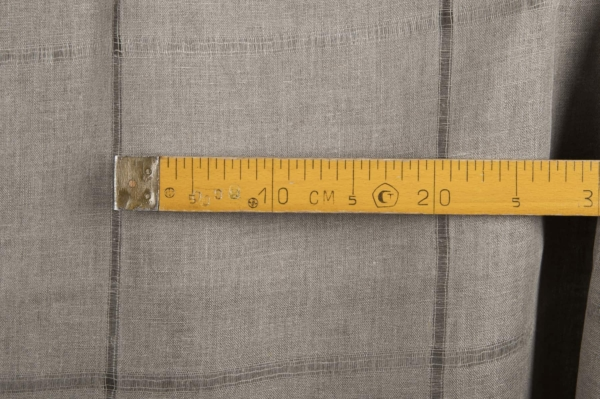 Grey linen fabric with large checks 3