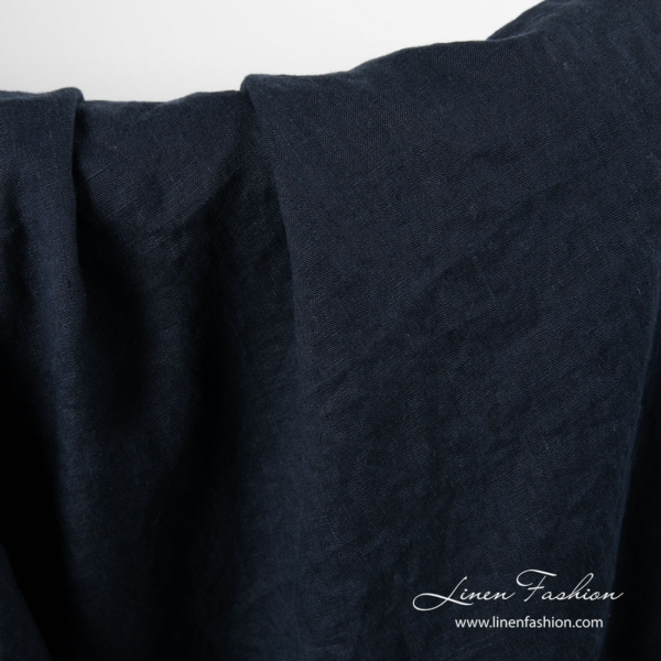 Washed linen fabric in navy color 3