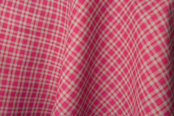Red checked linen / cotton fabric 1
