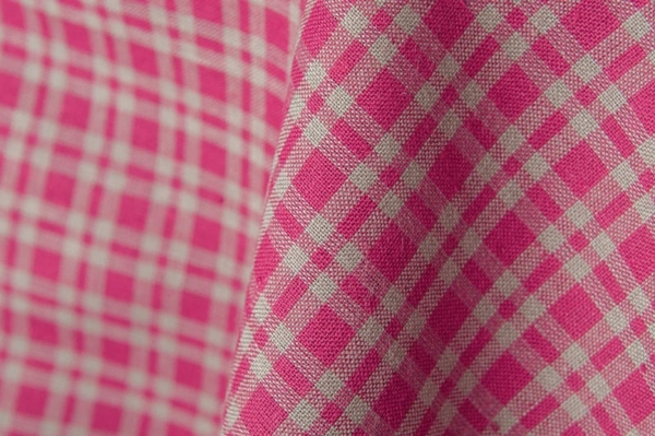 Red checked linen / cotton fabric 2